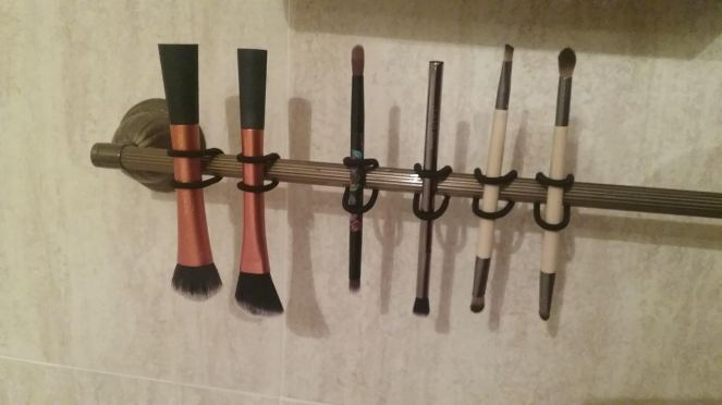 Makeup brushes.jpg
